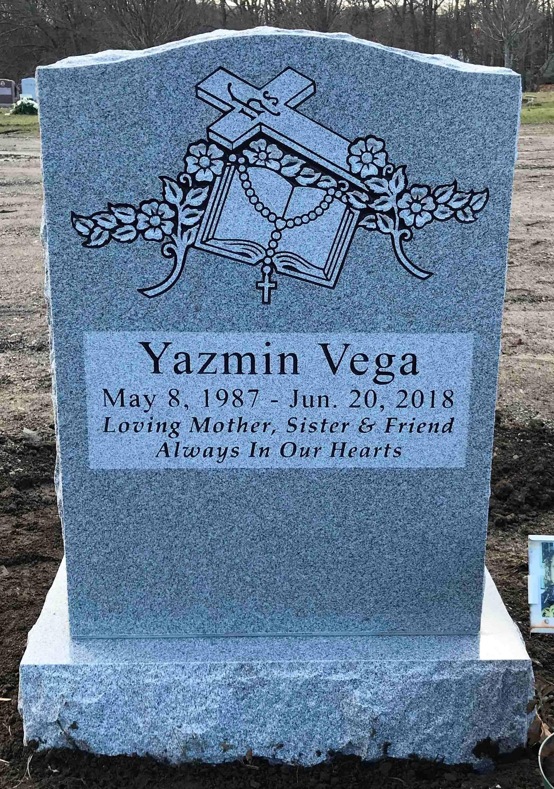 Yazmin-Vega-set